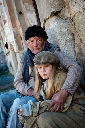 Homeless family Stock Photo - 16436923