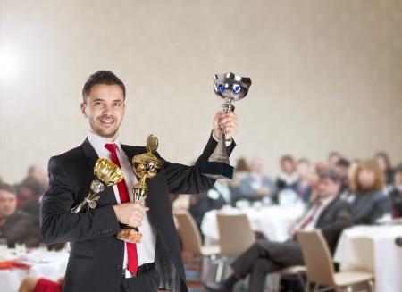 Openbaar overdekt zakelijke conferentie voor moderne managers.