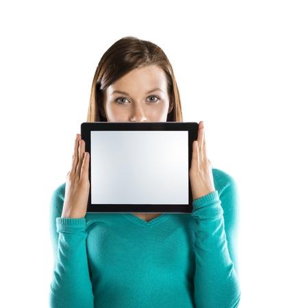 touchscreen: Retratos divertidos de estudio con tableta en el fondo aislado