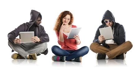 seguro social: Concepto de peligro potentional Internet con teen girl amd hombre disfrazado Foto de archivo