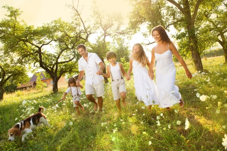 felicidad: Familia feliz