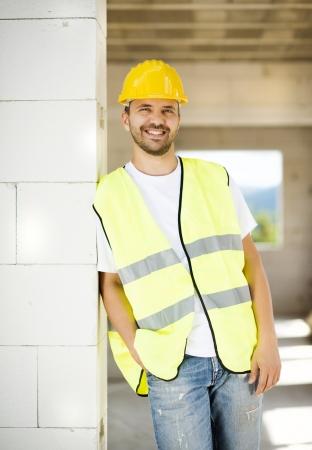 Bauarbeiter auf neuen Haus arbeiten Standard-Bild