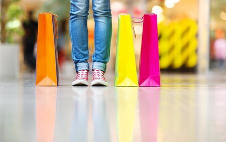 Dívka nakupování Reklamní fotografie