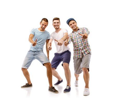 Gruppo di giovani uomini isolati su sfondo bianco più amici Archivio Fotografico - 30280519