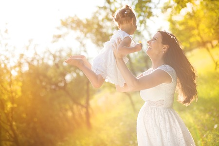 mutter: Schwangere Mutter