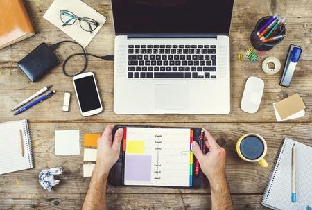 trabajando duro: Escritorio Creativo