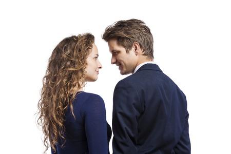 femme romantique: Belle jeune couple hippie. Studio shot sur fond blanc