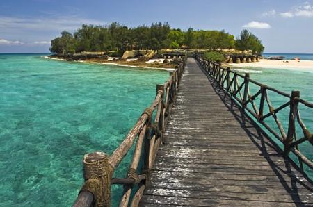 zanzibar: Houten mol loopt naar Gevangenis eiland, Zanzibar