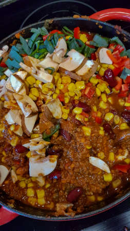 Self-made chili con carne