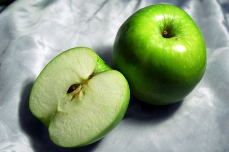 andamp: green apple half andamp,amp, whole one
