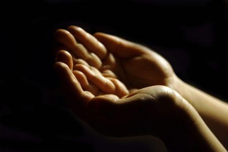 arrepentimiento: adorando manos