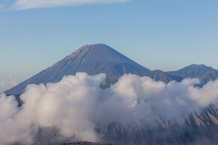 Mount Bromo, is an active volcano and part of the Tengger massif, in East Java, Indonesia. 免版税图像