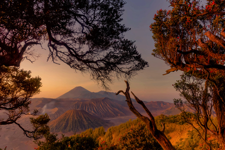 Mount Bromo, is an active volcano and part of the Tengger massif, in East Java, Indonesia Standard-Bild - 123927266
