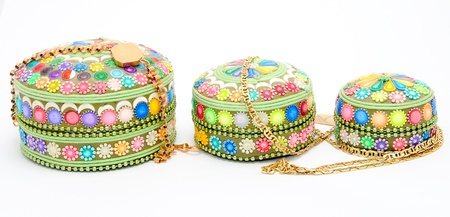 chainlet: Detail image of decoration jewel boxes with chainlet.