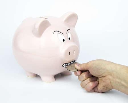 edificación: La Hucha est� all� tratando de conseguir guardar y proteger sus ahorros se guardar� cada Piggyback d�lar tiene un tira y afloja de m�s de un d�lar de plata