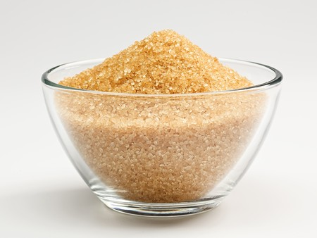 unrefined: Cane sugar in a glass bowl