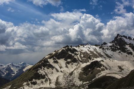 xinjiang: The tianshan mountains, Xinjiang