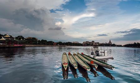 dragonboat: Xiamen dragon-boat pool Editorial