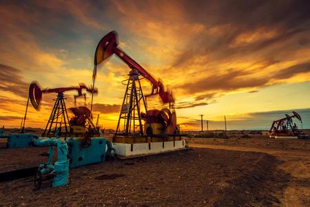 oil field: Oil field Editorial