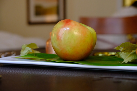 apple placed on a dish 写真素材