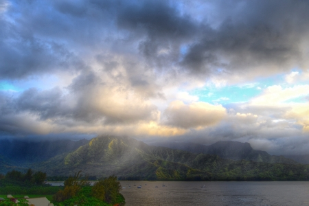 Dramatic view of Hanalei Bay