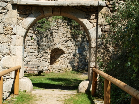 Entrance to the old ruins of the old castle. Arbesbach , Niederösterreich Stock Photo