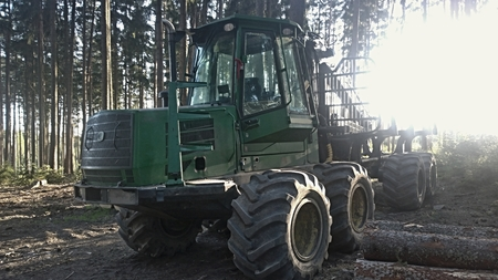 machine for wood transport . South Bohemia, Czech Republic Reklamní fotografie - 100740985