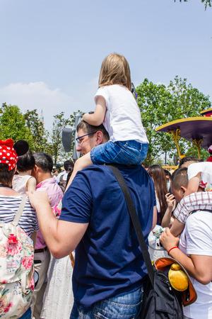 parade: 2016-6-17, Shanghai Disneyland parade
