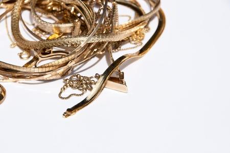 metallschrott: Old Gold auf wei�em Hintergrund Lizenzfreie Bilder