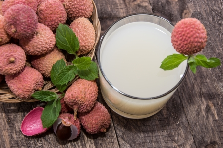 Glass with Lychee Juice and fresh fruits Stock Photo - 17072274