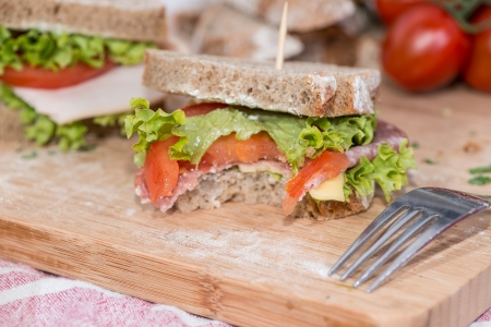 appetize: Fresh made Turkey Sandwich with cheese