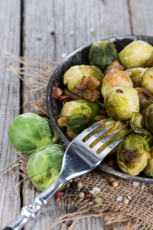 Cooked Brussel Sprouts with Ham and Onions