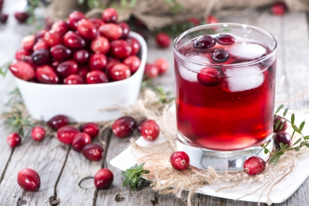 Chilled Cranberry-Saft in einem Glas Lizenzfreie Bilder