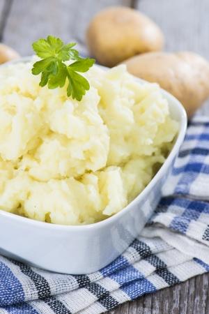 Ciotola con purè di patate fatti in casa