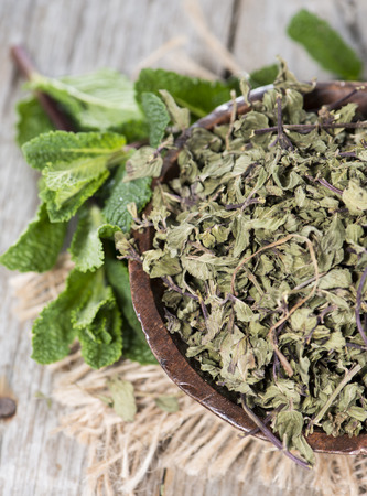 dryed: Portion of dried Mint (in a small bowl)