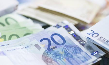 schein: Different European Banknotes as detailed close-up shot