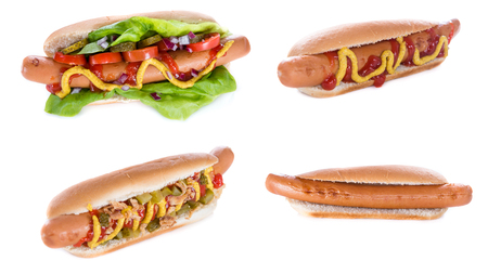 cebolla blanca: Hot Dogs isolated on white background (selective focus)
