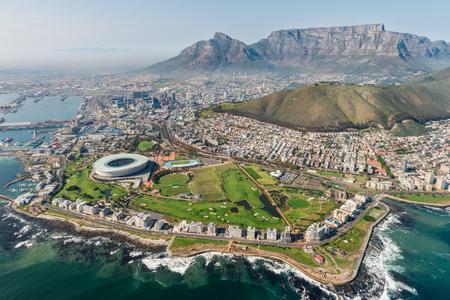 Kaapstad, Zuid-Afrika (luchtmening) schot van een helikopter
