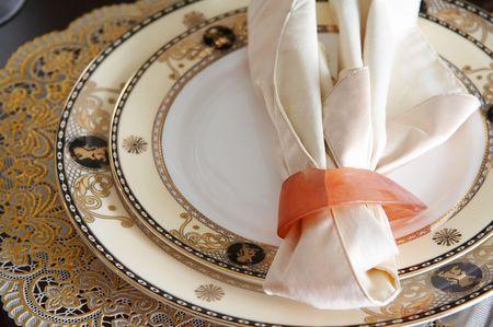 fine: table set