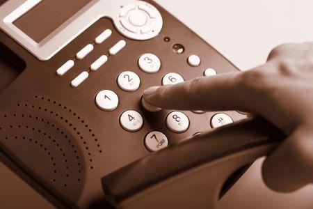 dialing: tel�fono