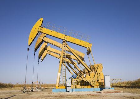 torres petroleras: plataformas petrol�feras  Foto de archivo