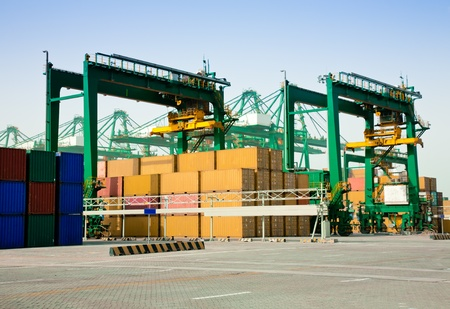 Container harbor Stock Photo - 10318606
