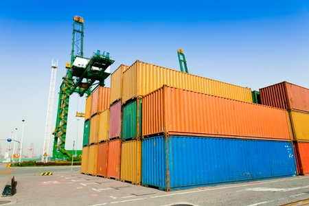Container harbor Stock Photo - 10632998