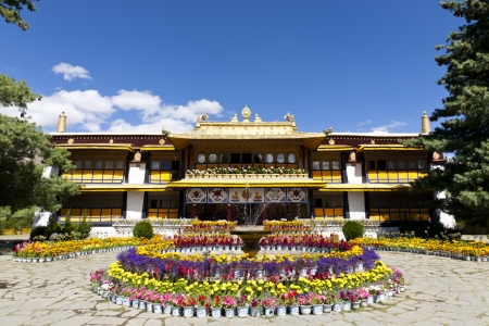 The Norbulingka was the summer palace for the Dalai Lamas, located at the west of Lhasa. With 200 years of expansion and management, it has become the biggest garden and palace in Tibet today. Editorial