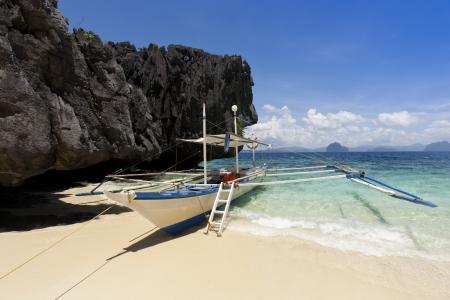 Moored banca boat at beach, El Nido, Palawan, Philippines Stock Photo - 14592484