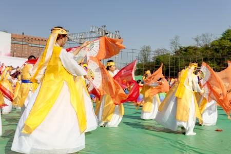 lotus lantern: Seoul, South Korea - May 11, 2013: people are performing at Buddhist Cheer Rally for celebration of Lotus Lantern Festival, Dongguk University Stadium, Seoul, South Korea. Buddha?s birthday is a major event on the Korean calendar and the Lotus Lantern Editorial