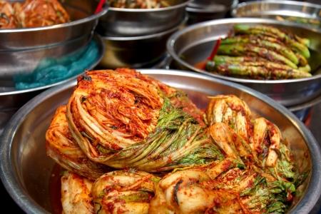 伝統的な韓国料理ピリ辛キムチ 写真素材