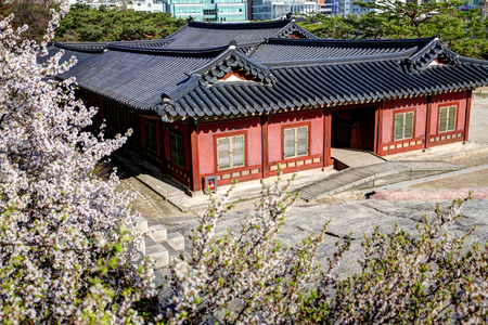 Changgyeonggung was built in 1418 for the living of Goryeo Emperor located in Seoul, Korea. It was one of the five grand palaces of the Joseon Dynasty. 新闻类图片