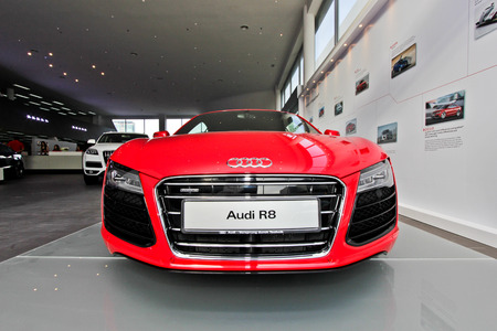 Front view of Audi R8