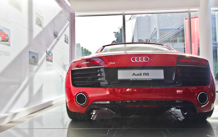 Rear view of Audi R8